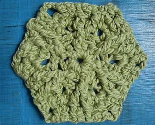 Post_stitch_hexagon_free_crochet_pattern_by_marie_segares__2_of_3__small2