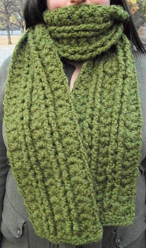 Moss_cables_and_shells_scarf_medium