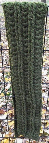 Moss_cables_and_shells_scarf_long_medium