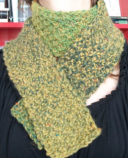 Tunisian_moss_stitch_scarf_large_small2