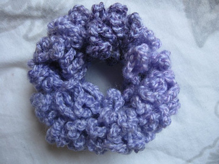 Chaining_scrunchie_2_small2