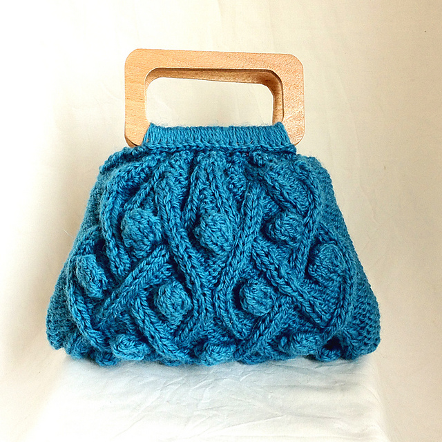 Little Cable Knit Purse by Sue Maton