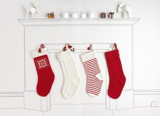 Millamia_stockings_fireplace_2_small2