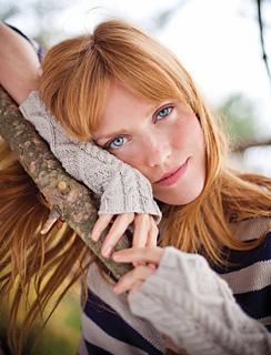 Birgitta_wristwarmers_in_fawn_singlelow_res_small2