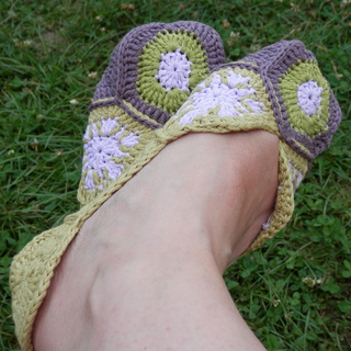Hex_slippers__6__small2