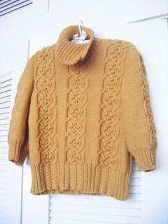 Db_sweater_4_small2