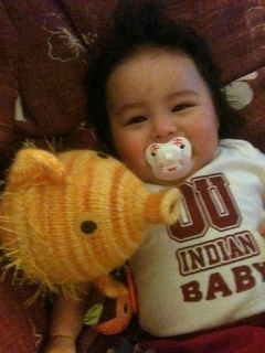 Baby_yellowfisha_small2