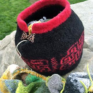 Yarn_bowl_6_edited-1_small2