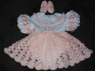 Crochet Baby Winter Dress Pattern : Free Crochet Baby Dresses Patterns