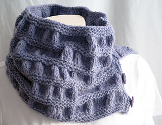 Knitting-cowl-duet-periwinkle4_small2