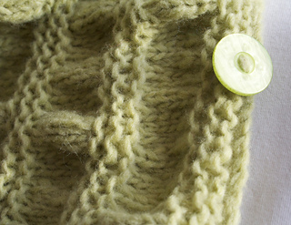 Knitting-cowl-duet-green3_small2