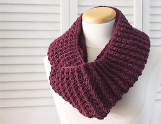 Knitting_pattern_infinity_puffy_scarf_3_small2