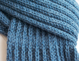 Knit_scarf2_small2