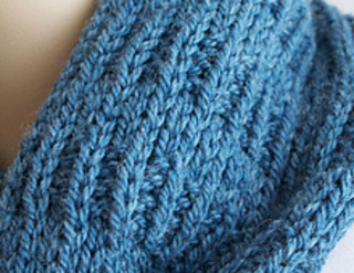Knit_scarf3_small2