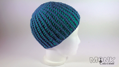 Ripped-beanie-2_kopie_medium