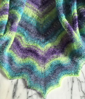 No-fuss_shade-loving_shawl_b_small2
