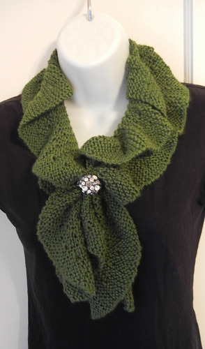Knitting Pattern For A Ruffle Scarf : Ravelry: Knit Ruffle Scarf pattern by Heather Castle, Castle Creations