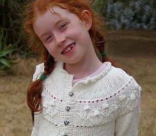 Ava_cropped_actual_neckline_small2