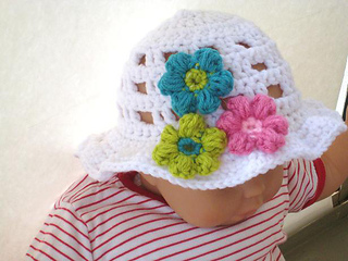 Girl_s_sunspring_hat_132_small2