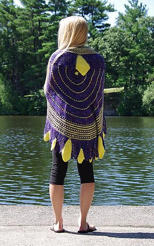 Hbd-shawl-nardini_13_medium