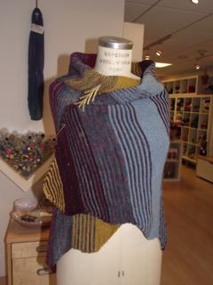 Hbd-shawl-first_small2