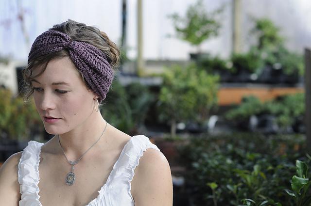 Knit Headband Pattern Ravelry : More Free Knitted Stuff: Pay It Forward Returns All She ...