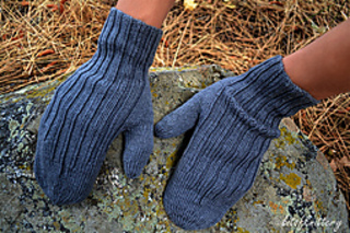 Ribbedmittens6_small2