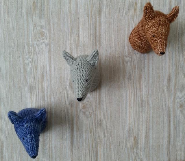 tête de loup tricot