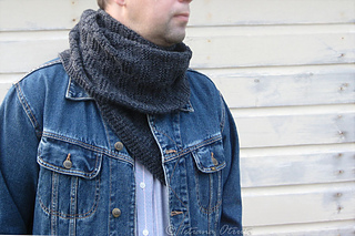 _img_5657_grayscarf_small2