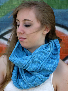 Scrunchedcowl3_small2