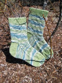 Feb-frosted_fields_socks_04_small2