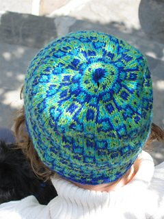 Knitty_hat_006_small2