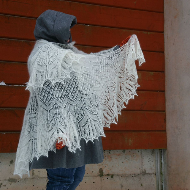 Saana Shawl by Christa Becker
