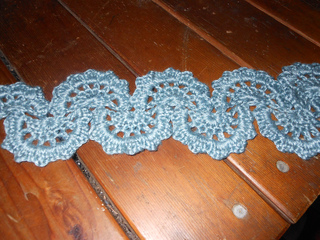 Sea_ruffle_necklace_scarf_003_small2