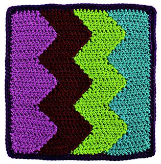 Reversible_color_crochet_-_vertical_chevrons_block_beauty_shot_small2
