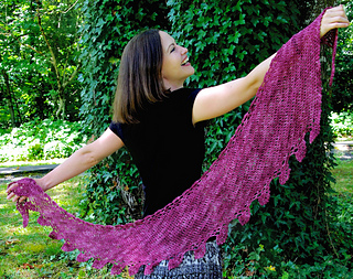 3_fates_shawl_3_small2