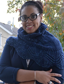 Regia_cowl_and_mitts-24_small2