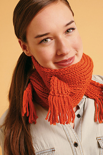 Fringedcablecowl_small2