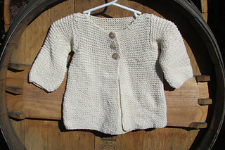 Baby_white_sweater_small2