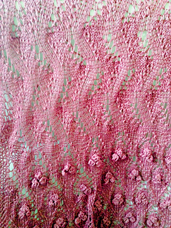 Antique_lace_closeup_small2