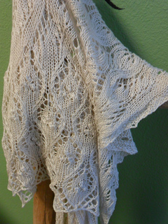 Purlescence_lace_shawl_small2