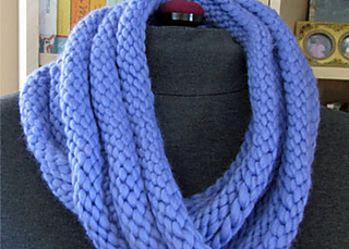 Easy-infinity-scarf-pattern_small2