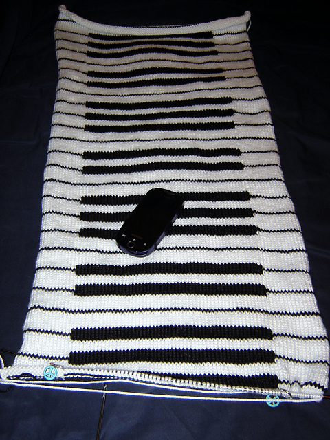 Knitting Love: WIP Wednesday: Piano Scarf Part 2