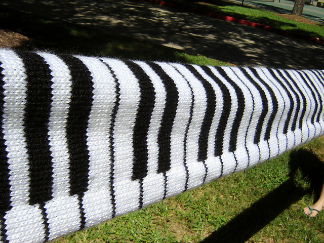 Crochet Pattern For Piano Afghan : Knitting Love: Piano Scarf Pattern