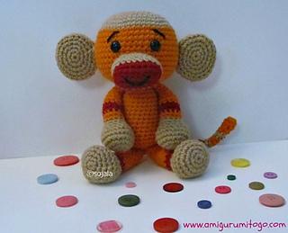 Crochet-sock-monkey_small2
