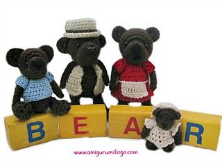 Miniature-bear-family-crochet_small2