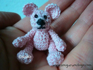 Bear-made-with-thread_small2
