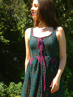 Faerie_dress_yarn_company_09_12_front_small2
