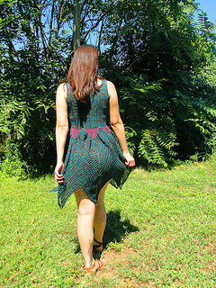 Faerie_dress_yarn_company_09_12_back_small2