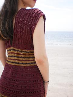 Malkah_shiri_designs_summer_2011_back_small2
